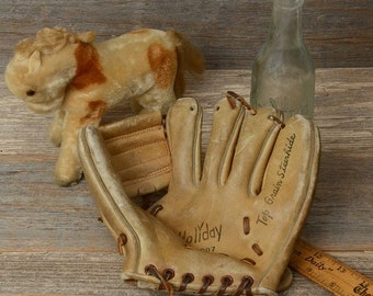 Vintage baseball glove dating guide