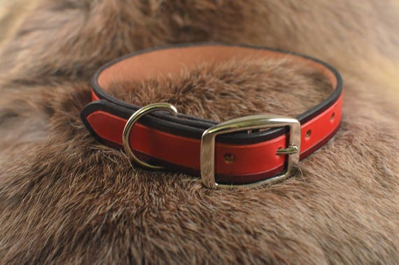 Rose et collier de chien noir, rose en cuir collier, collier de chien robuste, Unique collier pour chien, collier pour chien en cuir, usiné en cuir