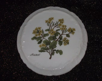 "Andrea by Sadek 6 1/4"" #8487 Mustard Plant Trivet or Wall Plaque"