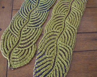 Brioche Knitted Leaf Scarf