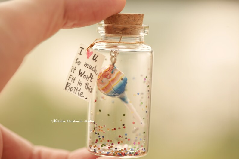 I LOVE YOU so much,it won't fit in this bottle,Tiny message in a  bottle,Miniatures,love card,Valentine Card,Gift for her/him,Girlfriend gift