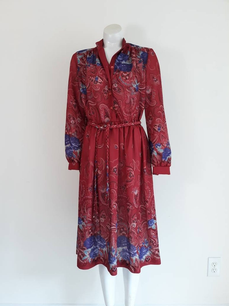 Vintage 70s boho dress  70s paisley print dress  vintage 70s poly dress  70s floral dress  purple roses  CarnivalofFashion
