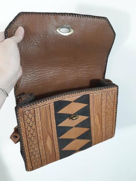 Vintage 60s 70s tooled leather purse / Vintage 70… - image 5