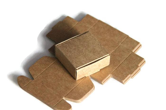 1 petite boite en carton kraft 5x5x2 cm boite d 39 emballage. Black Bedroom Furniture Sets. Home Design Ideas