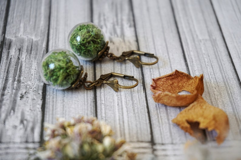 Moss Jewelry set for women Gift Box \u2022 Natural Jewelry \u2022 Terrarium Jewelry \u2022 Earthy Jewelry \u2022 Botanical Jewelry \u2022 Enchanted Forest Jewelry