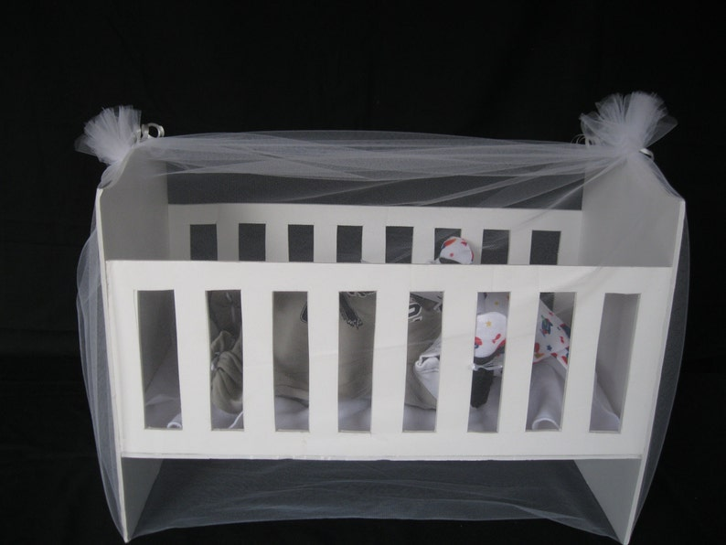 Crib Gift Wrapping Gift Basket for Cuddle Me Baby Gifts. image 0