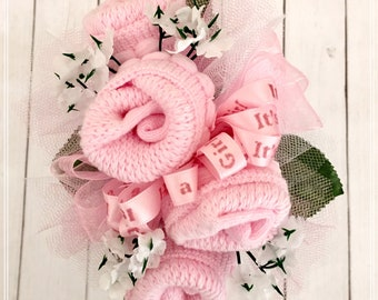 Baby Sock Corsage, Mommy to be Baby Shower Corsage, Grandma Corsage, Were Expecting, Baby Shower Decorations, Baby Shower Pin, Mom to be Pin