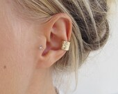 Gold Hammered Ear Cuff | Solid Gold Earcuff | Delicate Minimal Earcuff | Textured Ear cuff | Minimal Jewellery | Eco Friendly Jewellery