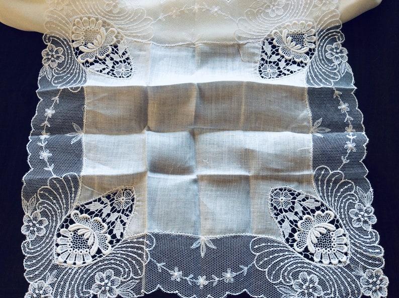 Vintage lace Lace wedding handkerchief Wedding lace VINTAGE LACE HANDKERCHIEF Vintage handkerchief. Wedding gift