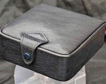 Fantastic Quality leather Cuff links/Rings  Box Nice