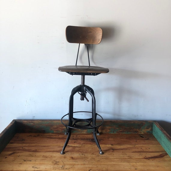 Fabulous Vintage Industrial Height Adjustable Toledo Drafting Stool Great Condition Caraccident5 Cool Chair Designs And Ideas Caraccident5Info