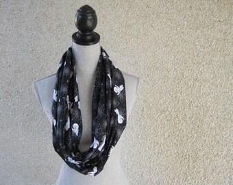 Fabric scarf, Infinity scarf, Hallowe'en, Hallowe'en scarf, ghosts, Casper, spider webs, black scarf, cotton scarf, ghosts and goblins