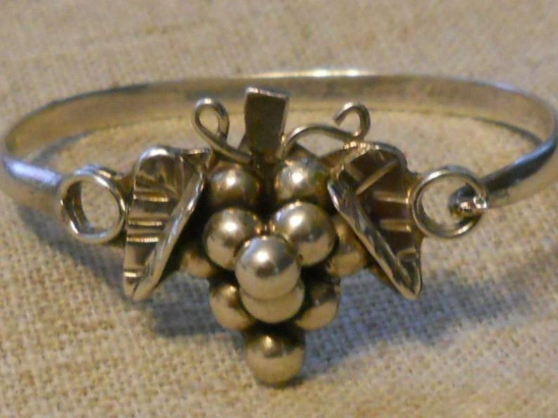 sterling 1970s 925 Vintage silver Mexican Taxco grape motif bracelet bangle