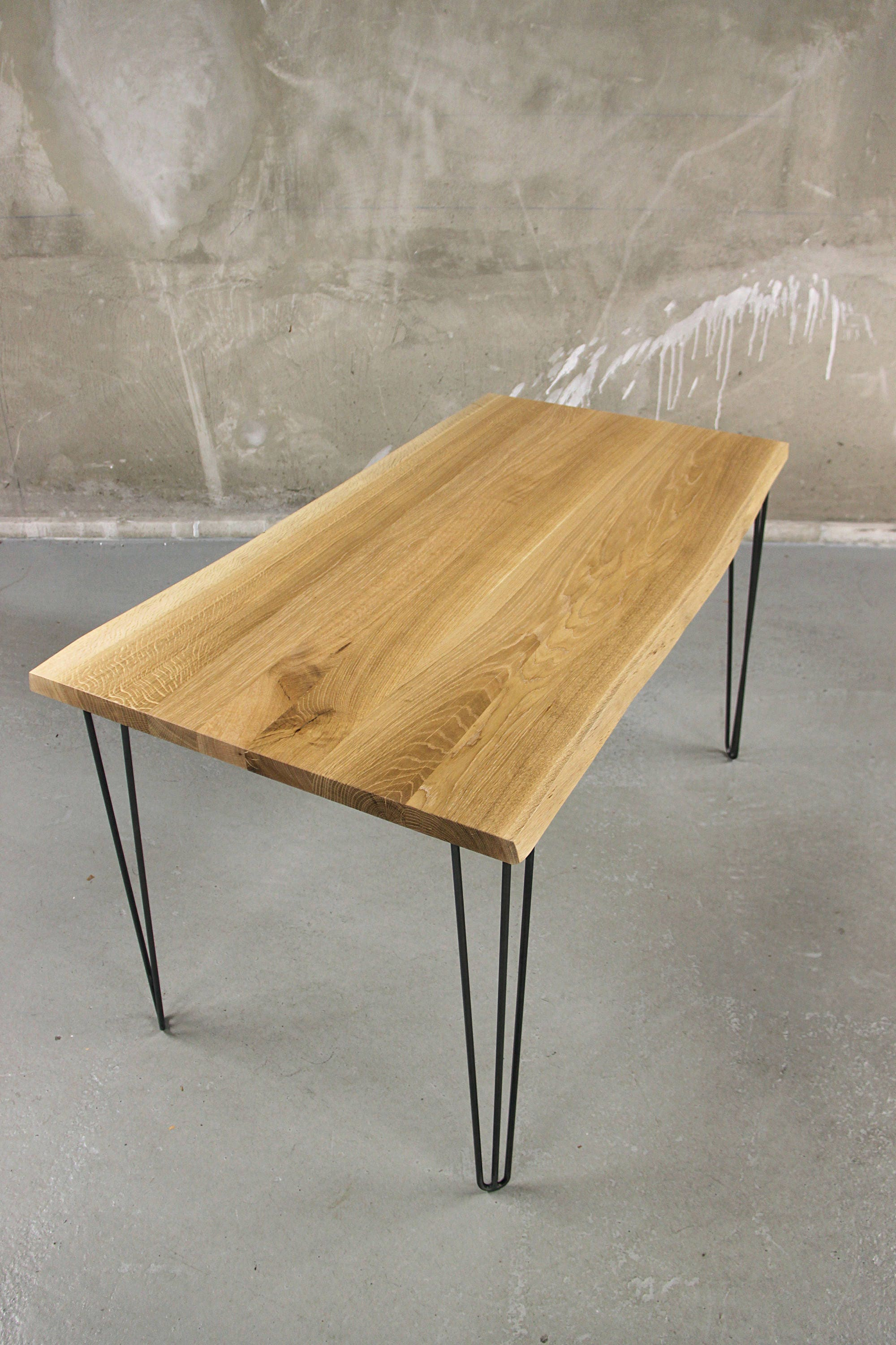 Solid oak dining table with hairpin legs