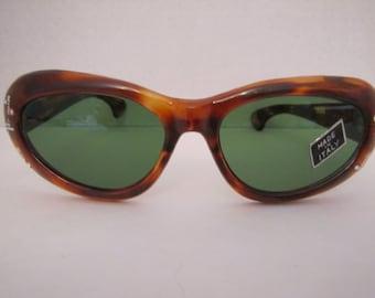 1950s Vintage Italian Cat-Eye Sunglasses (J 001)