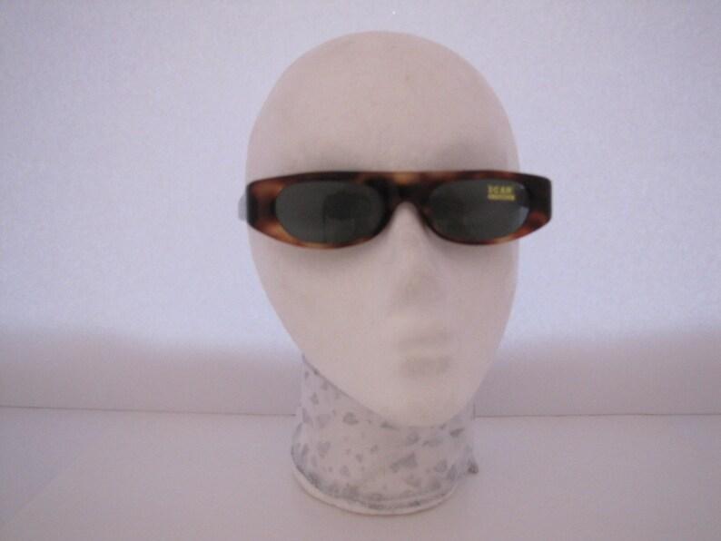 Vintage 1960s Mini Wraparound Sunglasses (F3T/S)