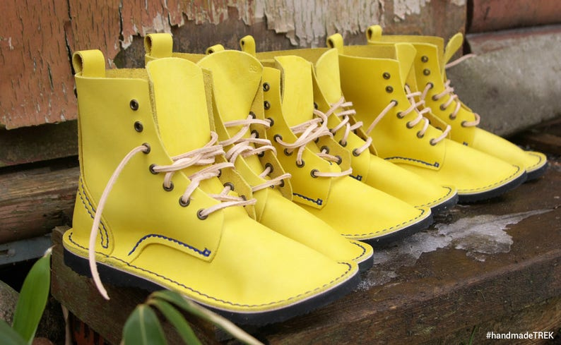 everyday Men Womens shoes Smile yellow hand stitched cowhide leather happy spring TREK Basic 7 size EU 39