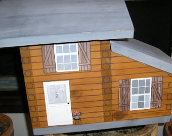 Hand Painted Log Cabin Birdhouse