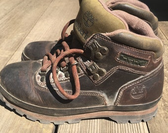 9084fa658738c Vintage Timberland Hiking Boots Women's Size 8