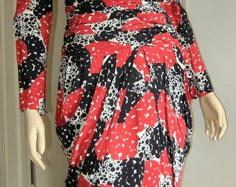 7552eef853f5 1980 s Roma Fendi 365 by Contir Dress Red White   Blue Print Padded  Shoulders