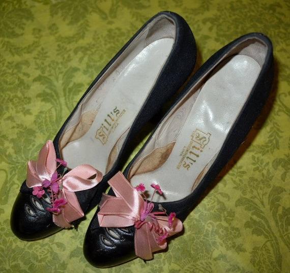 Vintage des années 1920 1920 1920 chaussures en cuir et tissu noir w rose Bow & fleurs | Bien Connu Pour Sa Fine Qualité  c69f7f
