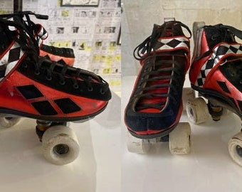 Roller Skates Black x 2 NEW LEGO Figure Body Wear Footgear Harley Quinn