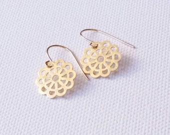 Flower earrings. Gold plated. Handmade. Silver