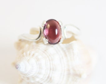 Garnet Ring, Silver Ring, Gemstone Ring, Size 6, Sterling Silver, Birthstone Ring, January Birthstone, Gift for Her, Natural Garnet