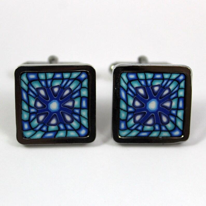 Cufflinks kaleidoscope optical effect