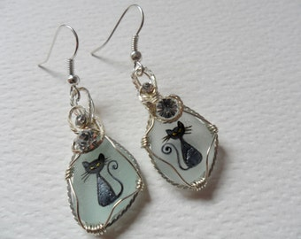 Elegant black cat hand painted dangle earrings - Sea glass & wire wrapping with Swarovski crystals
