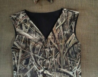 2 pc Boys and Men Camo vest and  Bowtie set Great for weddings #3 Mossy Oak Shadow Grass Blades-satin in fabric selection.. 22 camo colors