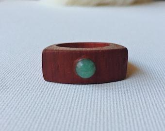 Padauk Wood Ring / Aventurine Stone Setting / Wood and Stone / Aventurine Ring