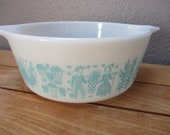 Vintage Pyrex 472 Amish Butterprint Turquoise on White Casserole Dish - No lid- Faded