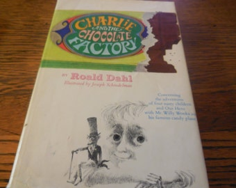 RARE 1970s Charlie and the Chocolate Factory Dust Jacket Very Good Willy Wonka