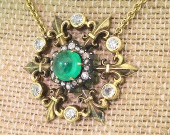 Victorian 1.88 Carat Cabochon Emerald & Diamond Pendant Necklace, circa 1900