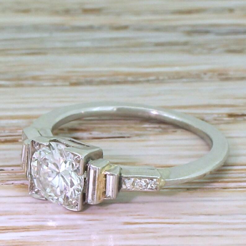 Art Deco 0 85 Carat Old European Cut Diamond Engagement Ring, circa 1930