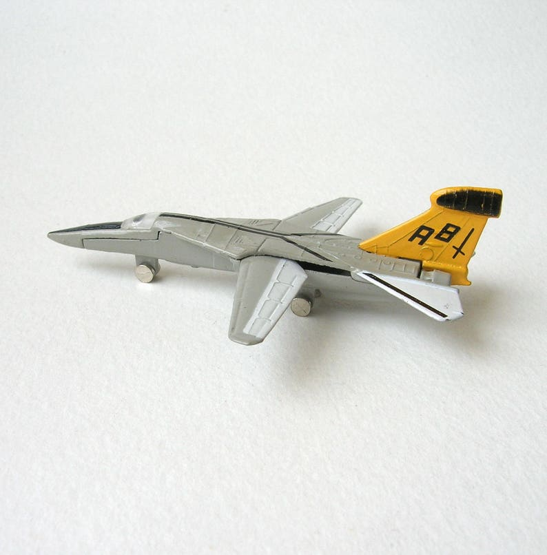 Vintage A 152 EF-111, Dyna-Flite jet fighter plane, die cast metal,  miniature, sandplay, collectible