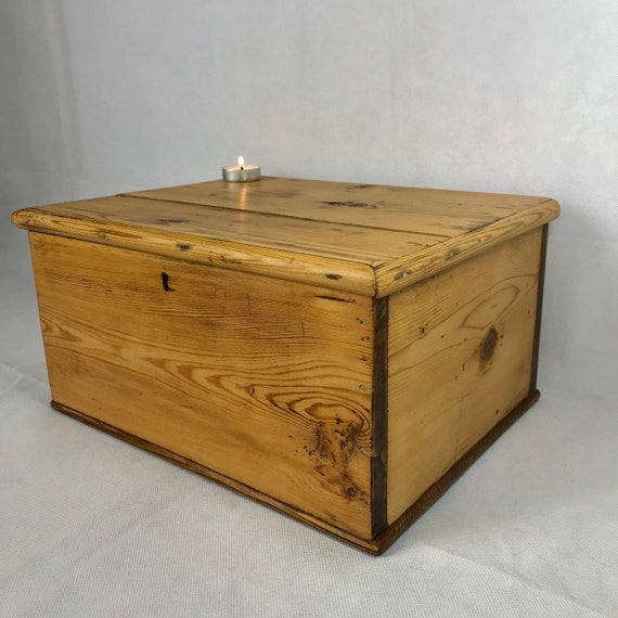 best service cf482 cef02 Beautiful antique pine wooden chest, pine chest, old wooden box, pine  chest, wooden chest, old box, vintage trunk, pine wooden chest.