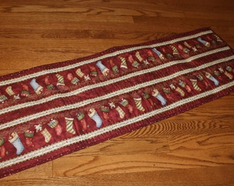 Quilted Table Runner with Stockings