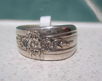 SALE - Vintage Spoon Ring - Size 11 - Size V.5