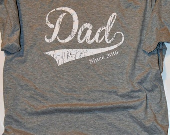 New Dad Gift. Dad Since 2016 T-Shirt  Father's Day Gift for Him