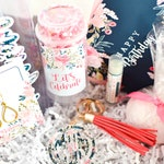 Happy Birthday Gift Basket, Send Birthday Gift, Birthday Gift for Mom, Custom Birthday Gift, Birthday Gift for Best Friend, Sister Gift