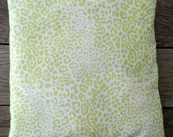 Catnip Crinkle Blankie ~ light green leopard print
