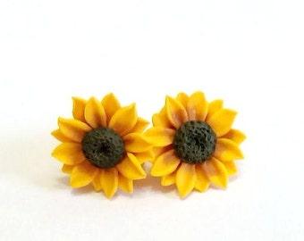 Sunflower Stud Earrings, Summer Flower, Flower Earrings, Summer Jewelry. Yellow Flower Earrings, Tiny sunflower earrings