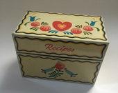 Folk Art Tin Recipe Box. Ohio Art Company. Pennsylvania Dutch.
