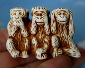 See no evil Hear no evil Speak no evil Statues Ceramic Netsuke Sculptures Three Wise Monkeys Ornament Original Office Decor Gifts for Friend