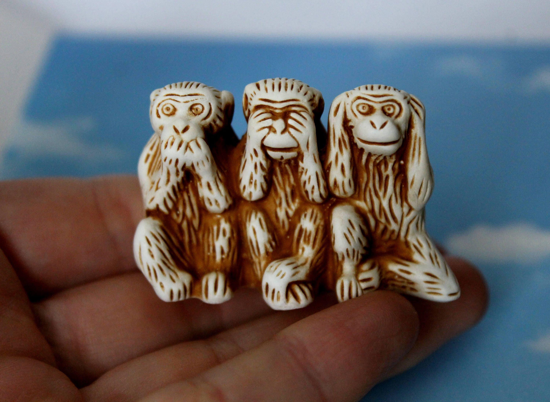 Decorative Marble Figurine  Statue Three Wise Monkeys See Hear Speak No Evil 12cm 4.7/'/' white