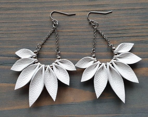 White Fringe Earrings, Silver Boho Earrings, Bohemian Dangle Earrings, Leather Leaves Earrings, Boho Jewelry, Bohemian Statement Jewelry.