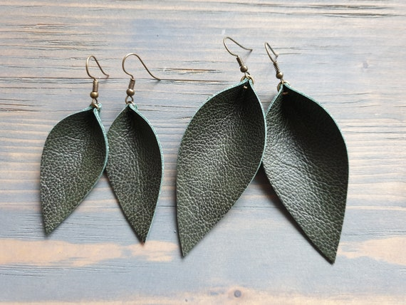 Leather Leaf Earrings, Green Earrings, Leather Earrings, Western Earrings, Boho Earrings, Leaf Earrings, Boho Jewelry, Green Leather