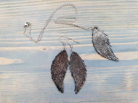 Leather Jewelry Set, Leather Feather Earrings, Leather Earrings, Leather Feather Necklace, Leather Pendant, Leather Necklace